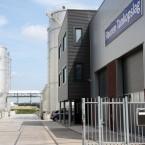 Bedrijfsgebouw met kantoor en loods in Katwijk (Cuijk)